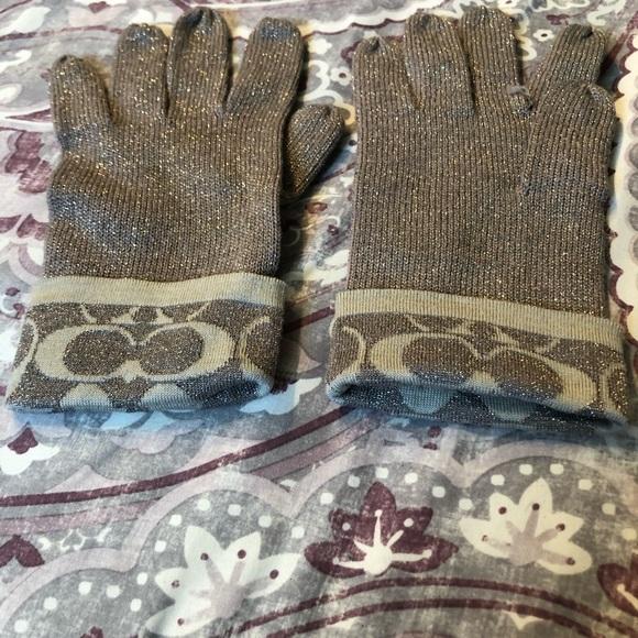 Authentic Coach gloves